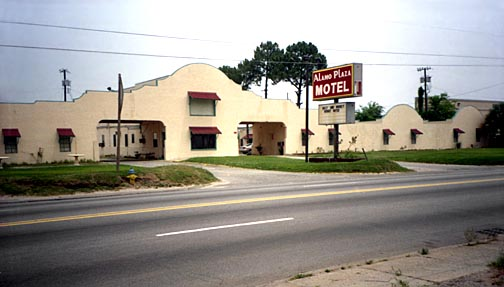 Motel  Savannah Highway